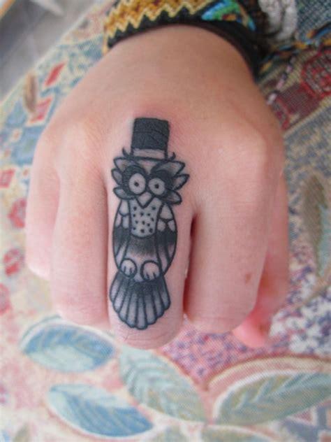 owl tattoo on knuckle 40 stunning knuckle finger tattoos design