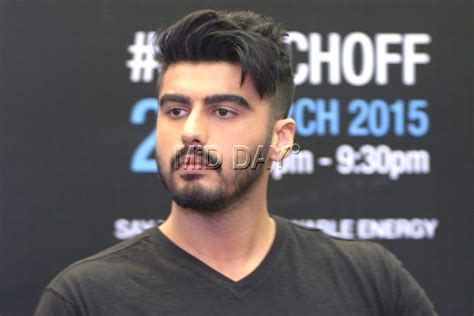 arjun kapoor latest hairstyle arjun kapoor s new haircut his saviour from summer heat