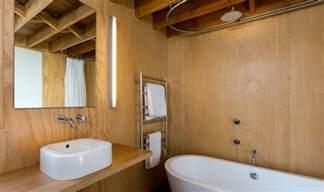 fliesengestaltung badezimmer fliesengestaltung im badezimmer der k 252 che alte fliesen