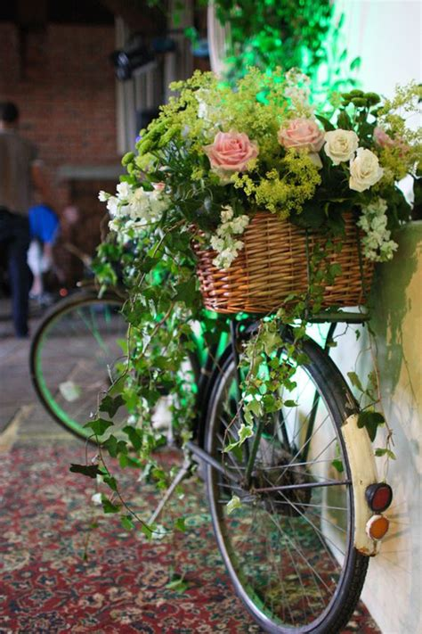 Vintage Garden Wedding Decor How To Incorporate Bicycle Decoration Trend In Your Wedding Decor