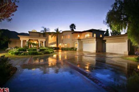 home pics chris brown s new palace trulia s