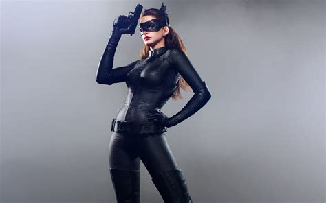 catwoman wallpaper dark knight rises anne hathaway catwoman dark knight rises wallpapers