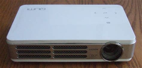 Mini Proyektor Qumi vivitek qumi mini projector physical tour projector reviews