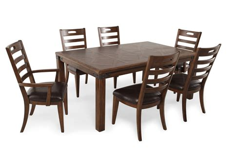 Pulaski Dining Room Furniture Pulaski Heartland Falls Seven Dining Set Mathis Brothers Furniture