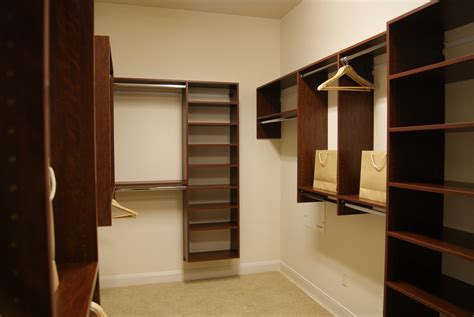 Walk In Closet Cost by Custom Closet Costs