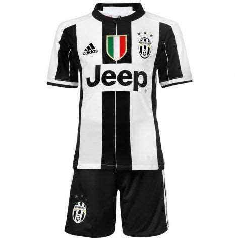 Jersey Juventus Home 2016 2017 jersey bola juventus home 2016 2017 jersey bola