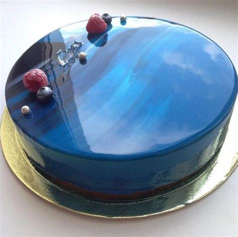 mirror glaze cake the secret of the mirror glaze for the cake keeprecipes