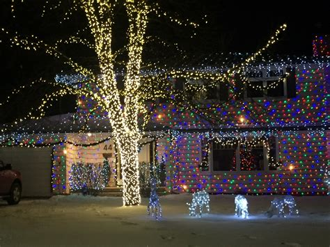 several spectacular home christmas lights displays bdnmb