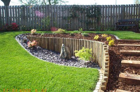 piccolo giardino zen piccolo giardino in pendenza decorazioni per la casa