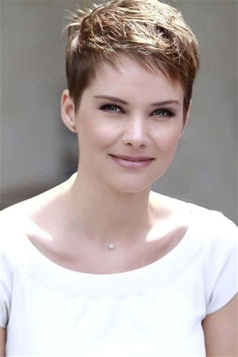 longer pixie haircuts for women short layered messy haircuts for women