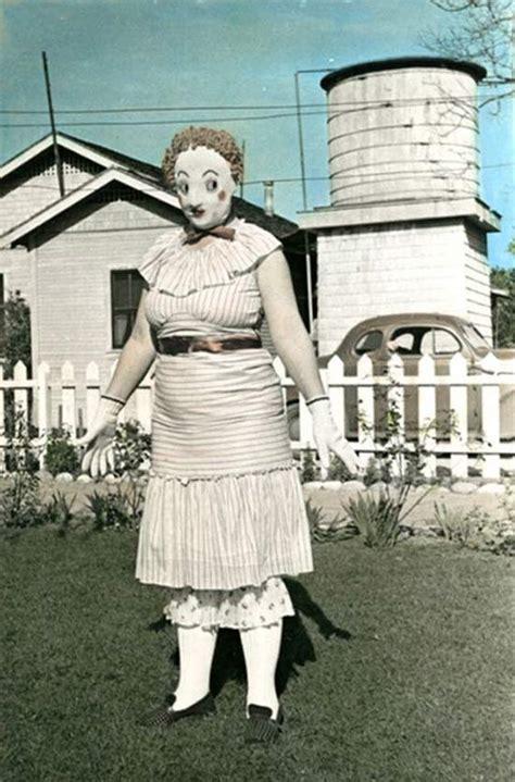 35 creepy cool vintage halloween costumes team jimmy joe