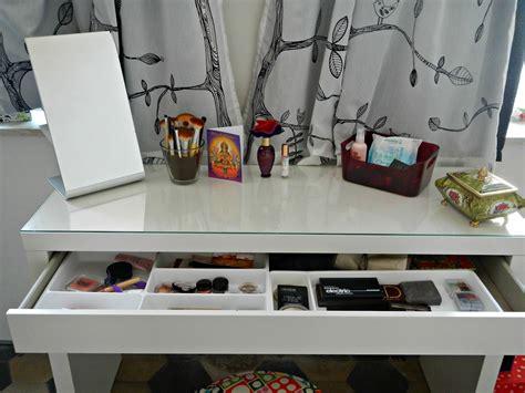 Ikea Tafel 10 Euro by Ladyblueberry Nieuwe Make Up Tafel Ladyblueberry
