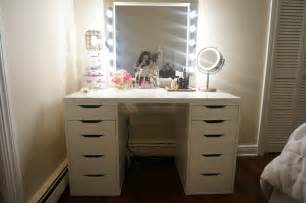 Bedroom Vanity Set With Lights Bedroom Vanity Sets With Lighted Mirror Home Delightful