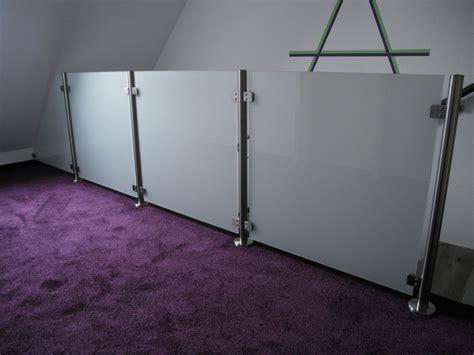 schiebetüren aus glas für innen edelstahlgel 228 nder mit glas komplette baus 228 tze
