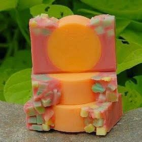 membuat kerajinan patung dari sabun kerajinan tangan dari sabun aneka kreasi sabun