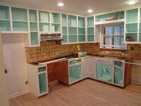 should i paint the inside of my kitchen cabinets 25 best ideas about paint inside cabinets on pinterest