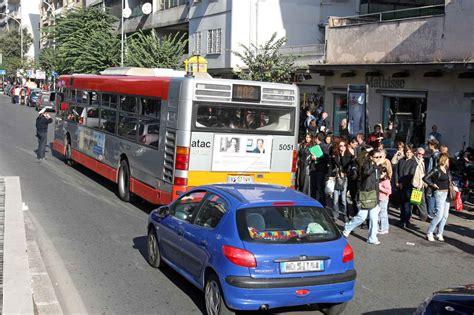 uffici atac roma sciopero a roma treni e a singhiozzo