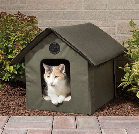 Outdoor Heated Cat House by Crudmudgeonz The Only Heated Outdoor Cat House
