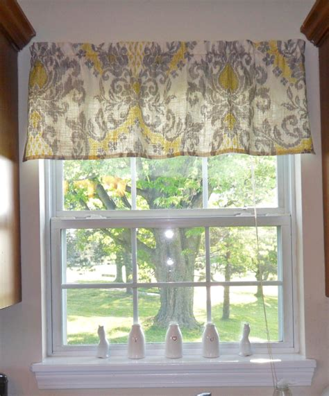 how to make kitchen curtains and valances easy to make diy valance living room and decorating