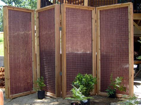 Diy Backyard Screen by How To Build A Privacy Screen For An Outdoor Tub How