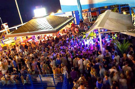 tenda lignano discoteche bar lignano feste in spiaggia con dj
