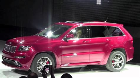pink jeep grand cherokee 2012 grand cherokee srt8 is the fastest jeep ever youtube