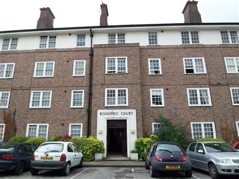 1 bedroom flats to rent in horsham 1 bedroom flat to rent in bishopric court horsham rh12