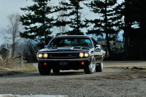 photo dodge challenger rt engine wallpaper 1970 dodge challenger rt 440 six pack muscle classic old