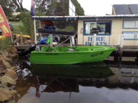 boat driving licence victoria mallacoota hire boats all you need to know before you go
