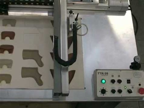 Ttr Robot gluing machine ttr 09 sagitta table top robot incollatrice