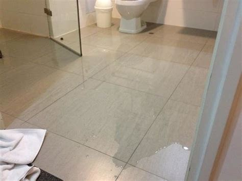 how to clean a flooded bathroom how to clean up flooded bathroom 28 images the flood clean up begins becky naylor
