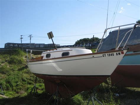 dory sailboat 1981 cape dory 22 sailboat for sale in maine