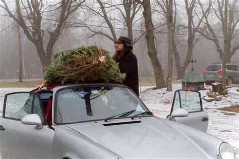 porsche with christmas tree img 5036