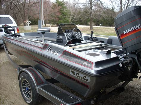 bass cat boat seats for sale sold ks 1988 bass cat caracal w 1988 115hp mariner