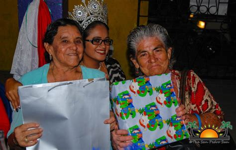 christmas parties for seniors citizens san pedro lions host annual dinner for island senior citizens the san pedro sun