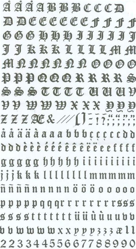 lettere gotiche alfabeto 1000 id 233 es sur le th 232 me lettres gothiques sur