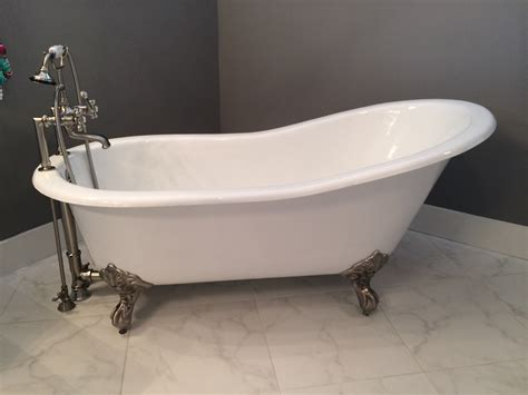 vintage clawfoot bathtub why buy a new cast iron clawfoot bathtub instead of an