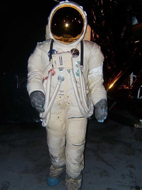 traje de astronauta traje de astronauta flickr photo sharing