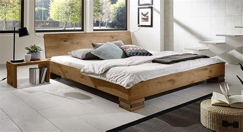 futonbett höhe couchtisch wohnzimmer design asteiche massiv