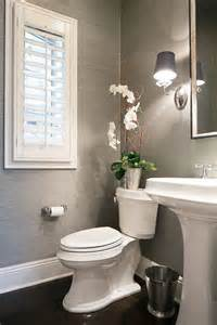 Powder Bathroom Design Ideas by 25 Best Ideas About Small Powder Rooms On Pinterest
