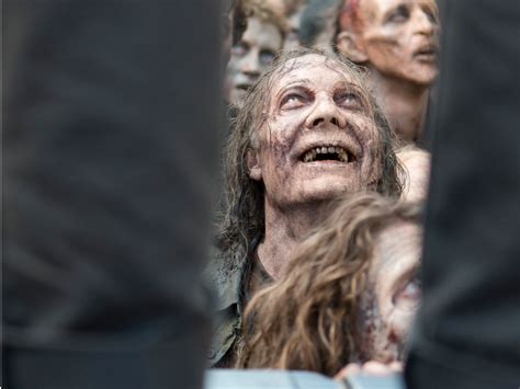Dead And the walking dead used dentures with blood in mid