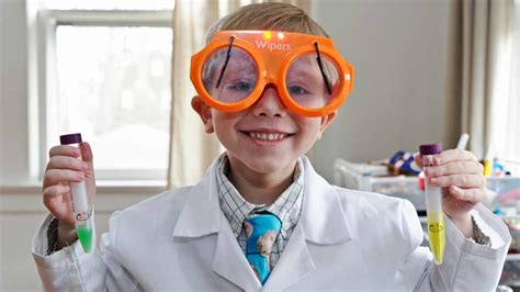 Nate Butkus | six year old podcaster loves science