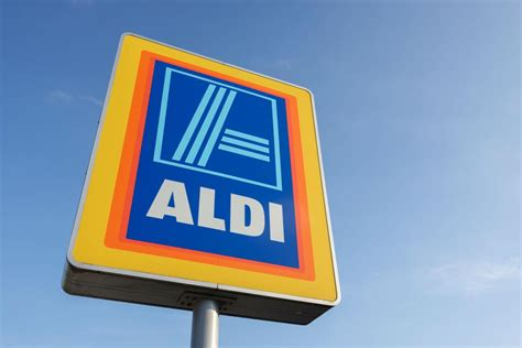 aldi opening times aldi august bank monday opening times 2017 what
