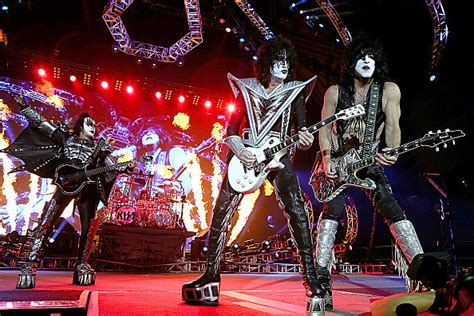 Frontier 400 Amazon Gift Card - kiss returns to cheyenne frontier days in july