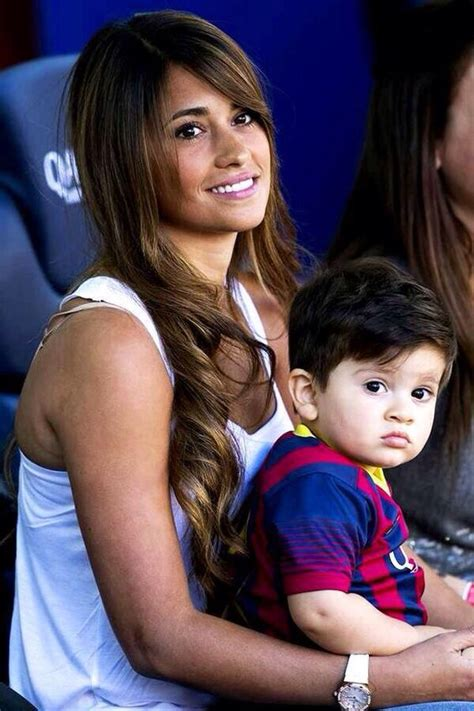 messi and wife lionel messi s gf antonella with their son thiago messi