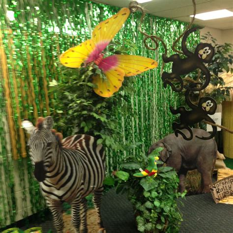 jungle themed home decor vbs jungle theme decorations pta carnival jungle