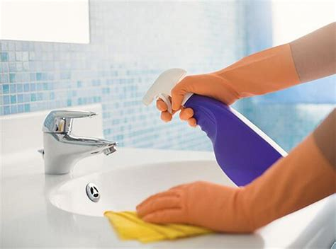 how to properly clean disinfect a bathroom 604 maids
