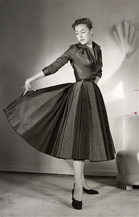 fashion styles for women in their 50s 1950s fashion