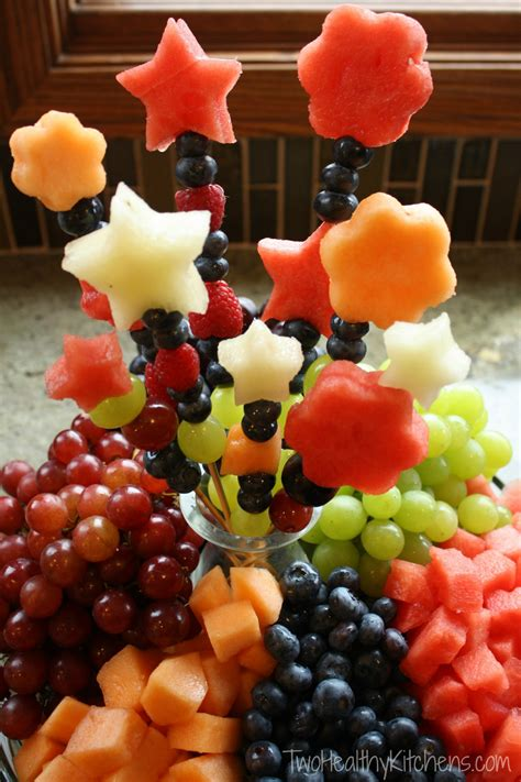 Kitchen Snack Bar Ideas by How To Make Fruit Bouquets And Fruit Kabob Skewers