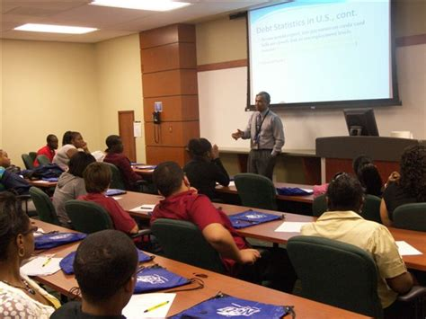 Nsu Mba Admission by High School Students Visit Huizenga Business School Nsu
